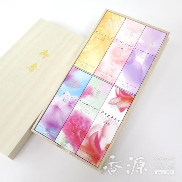 日本香堂のギフト花風アソート短寸6箱入桐箱