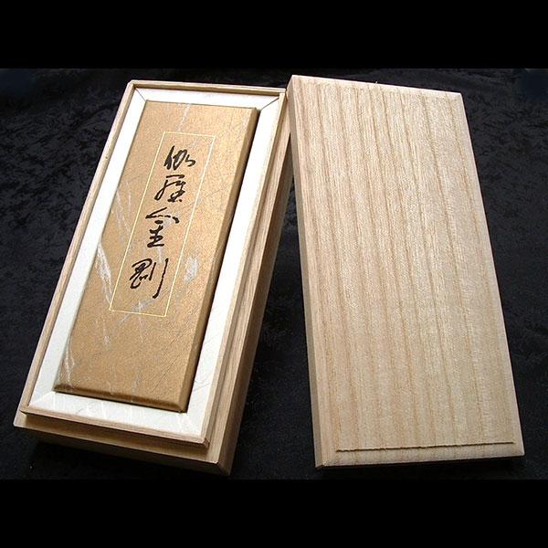 日本香堂のお線香伽羅金剛バラ詰桐箱付ギフト